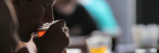 Konsum von Drogen bzw. Alkohol führt zu innerer Unruhe